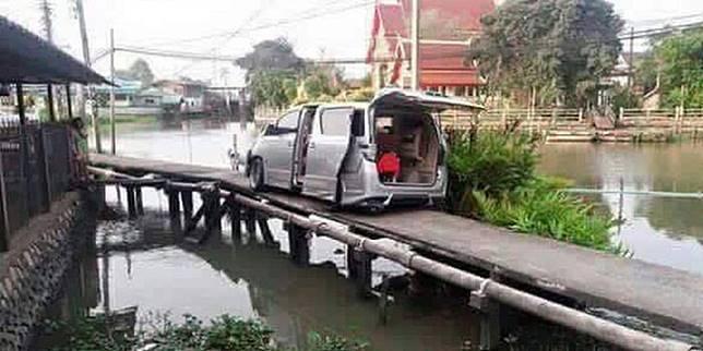 4 Kesialan Gara-Gara GPS, Mulai Makin Nyasar Sampai Tercebur ke Danau