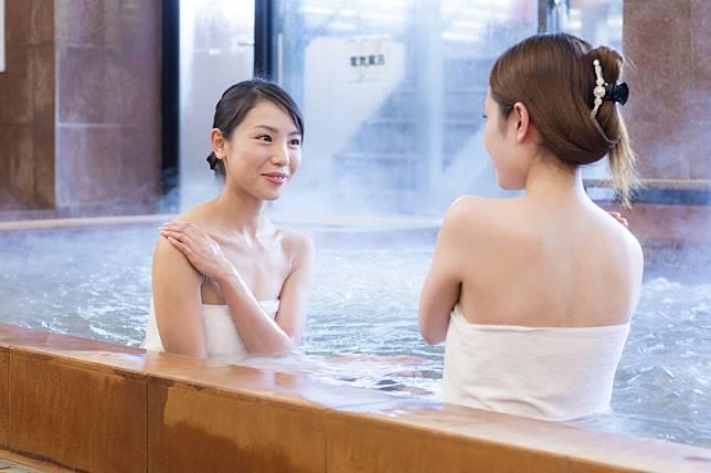 ทนายญี่ปุ่นแชร์ความเห็น ผู้ที่มีรอยสักควรได้รับสิทธิ์เข้าใช้ออนเซ็น!?