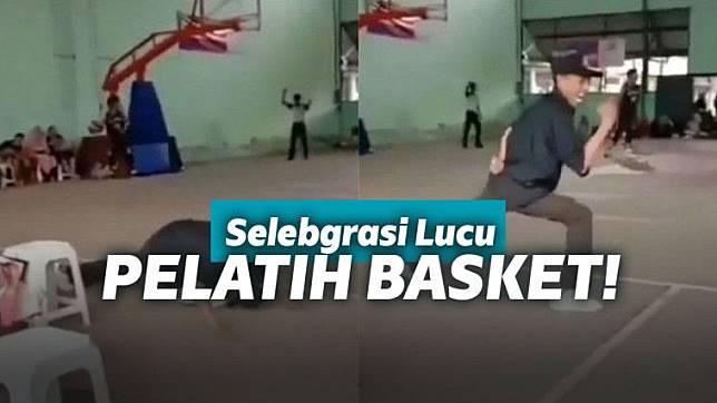 Teamnya Cetak Point Pelatih Basket Lakukan Selebrasi Kocak