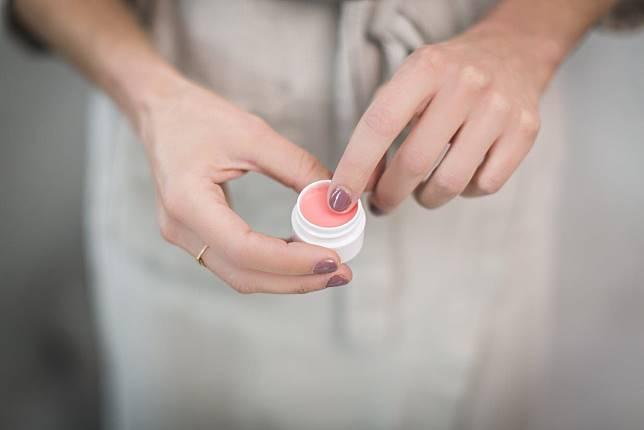 Viral Ada Razia Makeup di Sekolah, 3 Jenis Skincare Ini Nyatanya Wajib Digunakan Remaja Demi Kesehatan Kulit