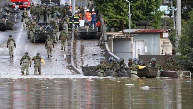 รัฐบาลญี่ปุ่น เผยผลเสียหายจากพายุกระทบต่อชีวิตและเศรษฐกิจของประชาชน