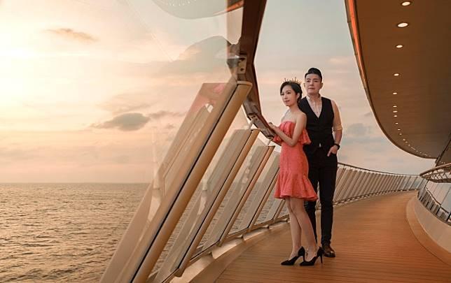 情人節能跟最愛共賞海上日出,足夠回味一輩子。(互聯網)