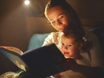 6 Manfaat Mendongeng untuk Anak Usia Dini