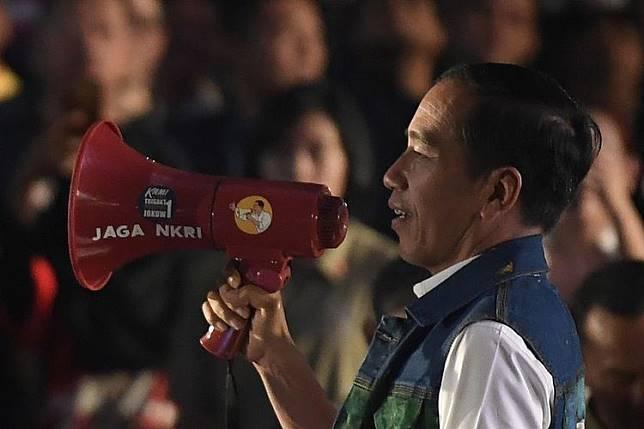 Jokowi: Empat Tahun Dikatakan Presiden Antek Asing, Ini Saatnya Saya Berbicara...