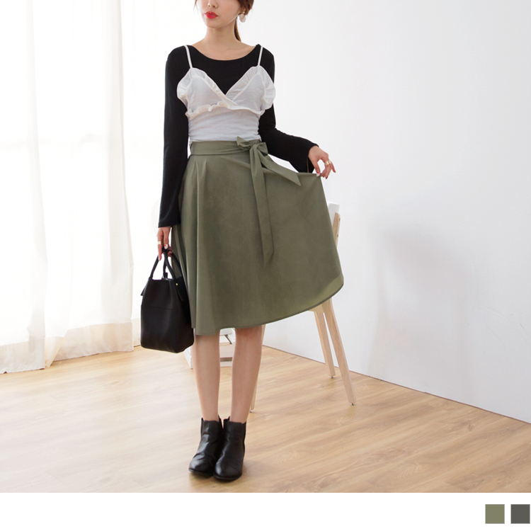 褲頭蝴蝶結綁帶後鬆緊質感傘狀中裙.2色