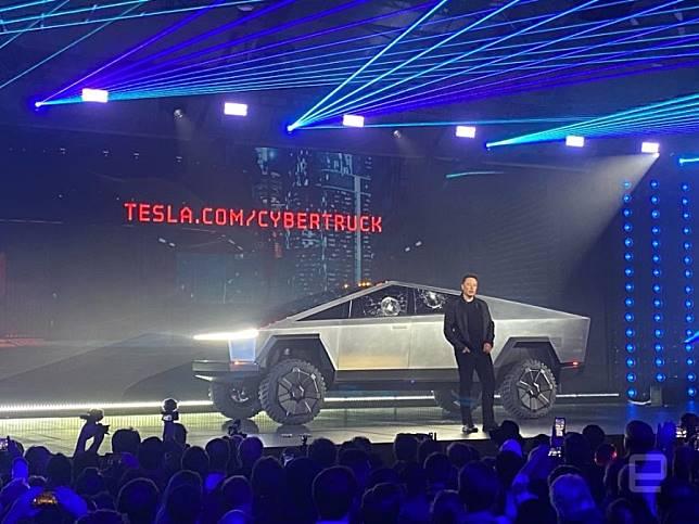 Tesla เปิดตัวรถ Cybertruck รถบรรทุกจากฝีมือเทคโนโลยีของอีลอน มัสก์