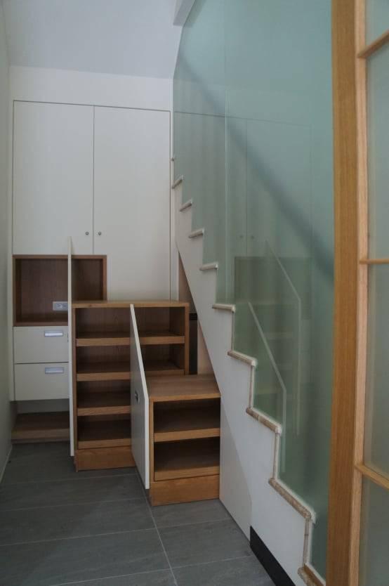 樓梯下鞋櫃