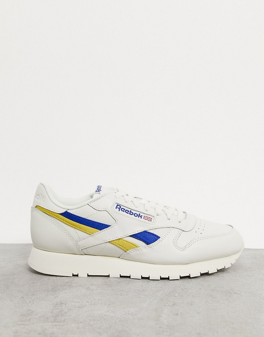 Trainers by Reebok If in doubt, trainers Low-profile design Pull tab for easy entry Lace-up fastenin