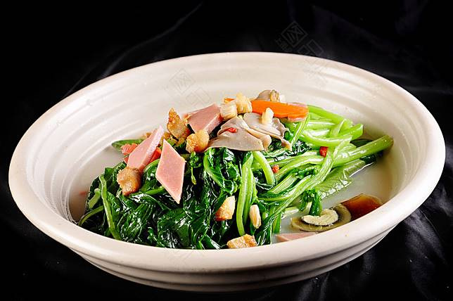 金銀蛋時蔬是家常菜之一,做法簡單,同樣老少咸宜。(互聯網)