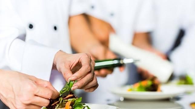 pemerintah untuk memasukan hari chef nasional pada tanggal 25 Januari dalam lembaran negara,