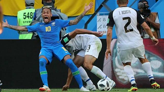 Piala Dunia 2018: Diving Memalukan Neymar di Laga Kosta Rika