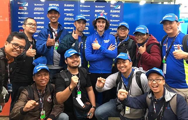 Pembalap tim Suzuki Ecstar, Alex Rins bertemu awak media dari Indonesia di sirkuit Motegi usai kualifikasi MotoGP Jepang