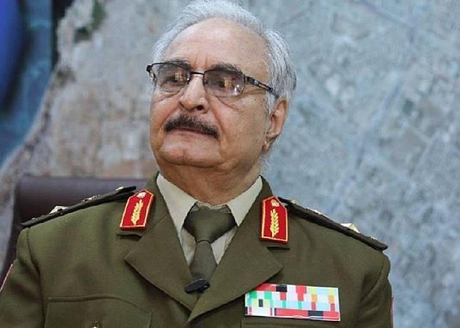 Khalifa Haftar Tutup Pelabuhan Ekspor Minyak Libya Timur