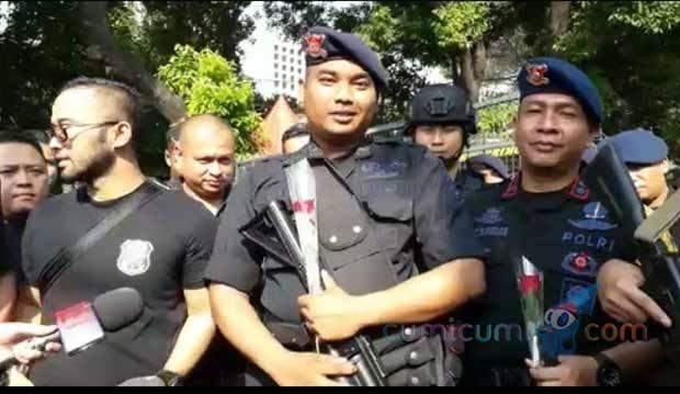 Foto Video Call dengan Anak Viral, Ini Tanggapan Polisi Aksi 22 Mei
