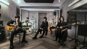 五月天首場零觀眾演唱會 蕭敬騰、李榮浩隔空助陣