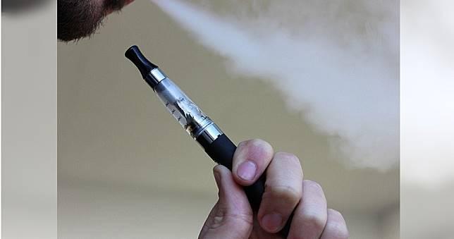 美國電子菸病患達530人 半數25歲以下