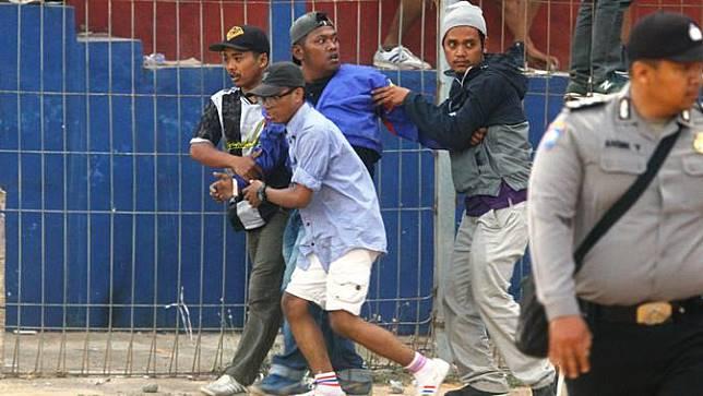 Persik Kediri dan PSIM Yogyakarta