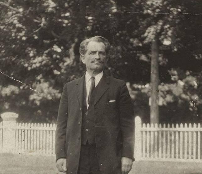 Kisah William James Sidis, Orang Paling Cerdas Sedunia IQ 260 Tapi Tidak  Seterkenal Albert Einstein | Tribun Style | LINE TODAY
