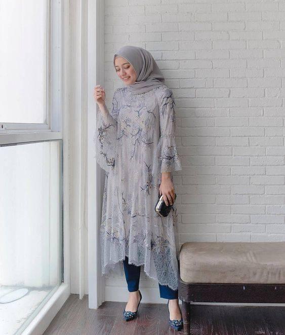 Inspirasi Model Baju Pesta Brokat Dan Celana Panjang Buat Hijaber Womantalk Com Line Today