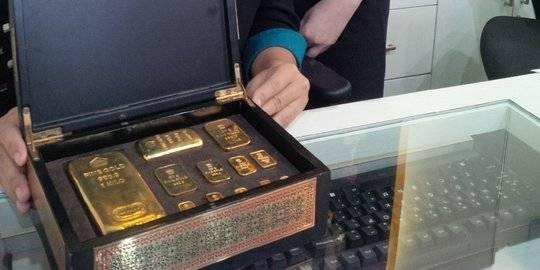 Awal Pekan Harga Emas Turun Rp 1000 Menjadi Rp 670000 Per Gram