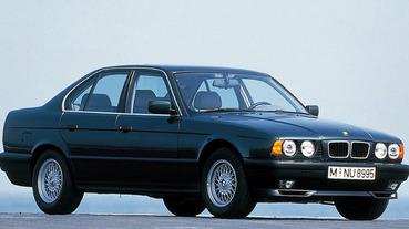 【老 J 推車】開老 B 的男人最帥!嚴選 5 輛 BMW 值得入手的經典老車,車迷:E30 我的最愛!