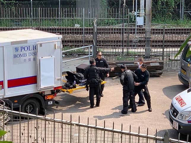 警方引爆大圍站可疑鞋盒。