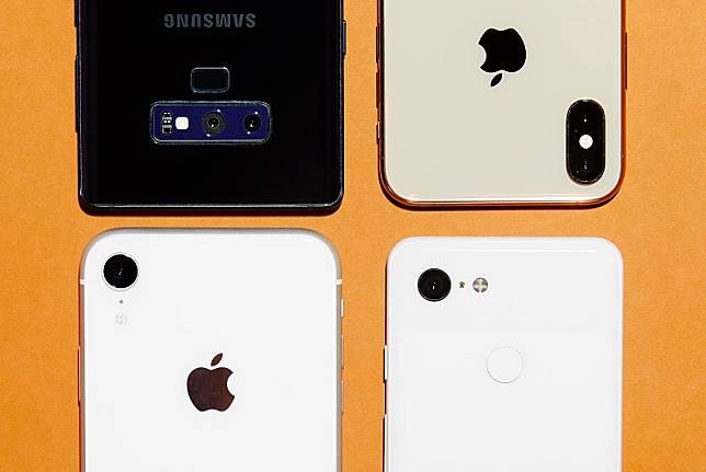 Produksi smartphone bakal turun tajam di 2019
