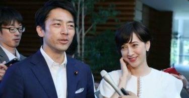破例!日本大臣小泉進次郎休育嬰假,要「帶動每一個男人當好爸爸」