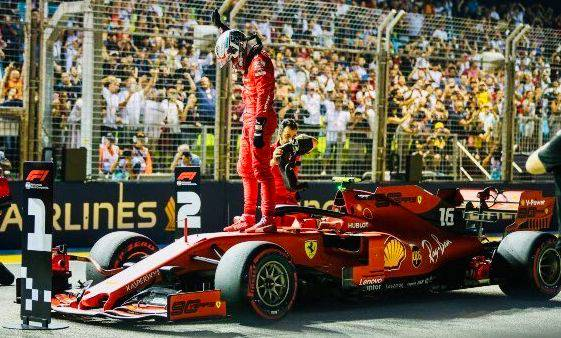 Charles Leclerc meraih pole position kelima di F1 SIngapura