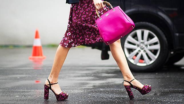 daftar harga sepatu safety - Mode sepatu wanita yang satu ini memang jadi  satu sepatu yang hampir semua wanita memilikinya 0a1b6627ae