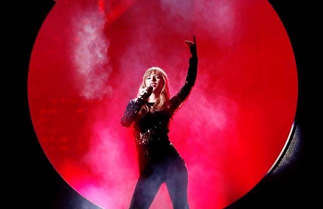 Opening show: Taylor Swift performs 'I Did Something Bad' at the 2018 American Music Awards show in Los Angeles, California.