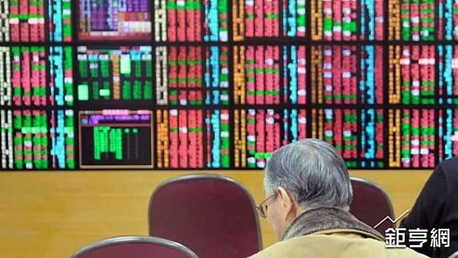〈存股投資術〉現金股息誘人 4檔逾5%高殖利率金控股出列