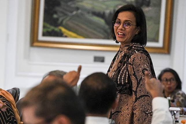 Finance Minister Sri Mulyani Indrawati attends a limited Cabinet meeting on Feb. 17, 2020 at the State Palace in Jakarta.