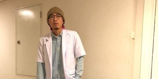 dr Tirta, Dokter Muda yang Jadi Relawan Hadapi Virus Corona. Instagram @dr.tirta ©2020 Merdeka.com