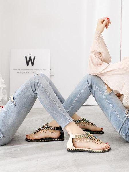 涼鞋女新款夏季百搭學生仙女風波西米亞水鉆夾趾羅馬平底鞋子