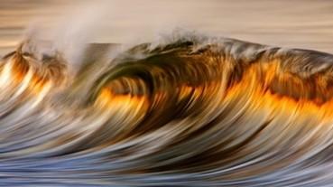 絕美!用肉眼是捕捉不到的黃金海浪