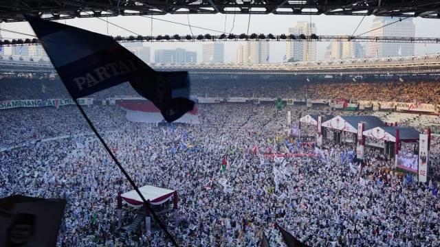 Massa kampanye akbar Prabowo-Sandi padati lapangan Stadion GBK Foto: Dok. Tim Prabowo-Sandi