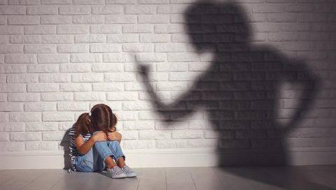 Trauma Alami Pelecehan Seks oleh Guru, Anak Malah Dituntut Jadi Juara Kelas