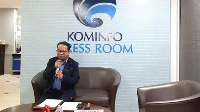 Plt. Kepala Biro Humas Kominfo Ferdinandus Setu berbicara tentang konten YouTube Kimi Hime di Jakarta, Rabu (24/7/2019). [Suara.com/Tivan Rahmat]