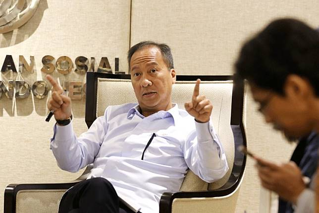 Industry Minister Agus Gumiwang Kartasasmita