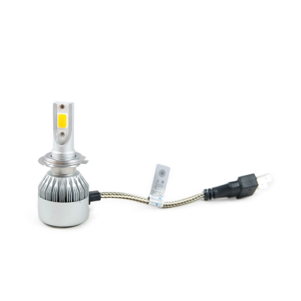 |規格特色| ・近燈標準明暗截止線 ・無溢光、不刺眼 ・近燈光照範圍比原廠多1/3厚度 ( 截止線以下 ) ・遠燈光照範圍比原廠多1/3廣度 ・鋁製散熱鰭片 ・改善傳統LED大燈炫目缺點——會車時不影