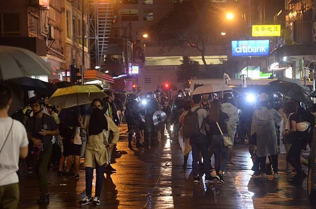荃灣爆發多場衝突。