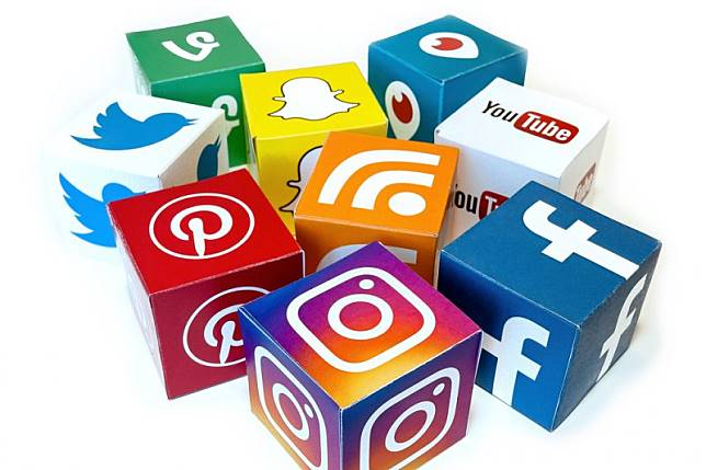 Pakar sarankan pembatasan media sosial segera diakhiri