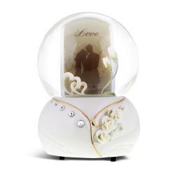 讚爾藝術 JARLL~浪漫雙心 相框 水晶球音樂盒(GG01196) 新婚禮物/婚禮佈置 (現貨+預購)