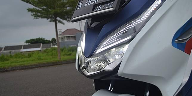 Honda Forza (Otosia.com/ Cornelius Candra)