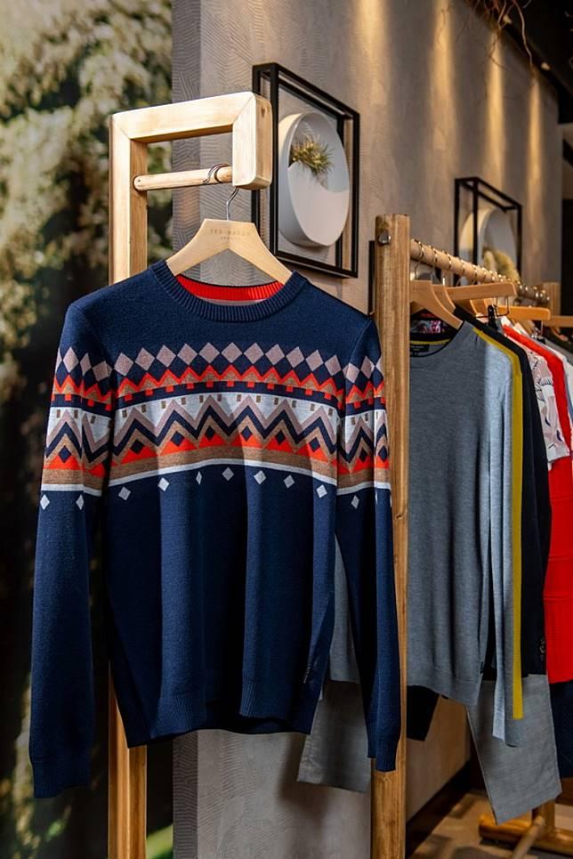 針織毛衣向來是品牌標誌性設計。(互聯網)
