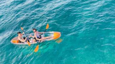 夢幻透明獨木舟、帆船派對 澎湖今夏最新玩法