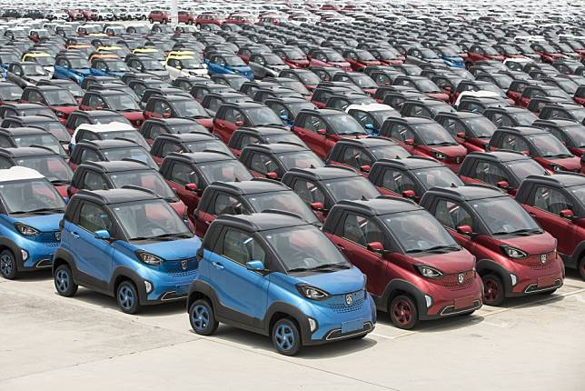 Fund co-founded by Chinese electric-vehicle maker NIO shrugs aside US-China trade war, to invest in top tech globally