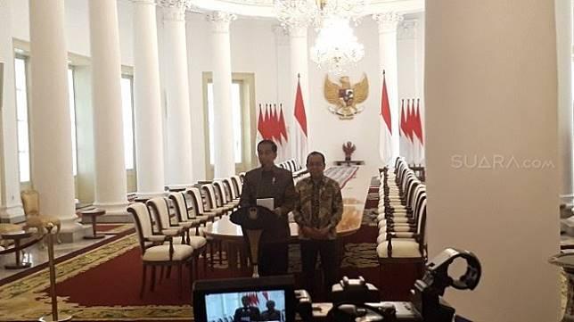 Presiden Jokowi meminta DPR untuk menunda mengesahkan RUU Kitab Undang-undang Hukum Pidana, yang sempat dijadwalkan pada 24 September 2019. [Suara.com/Ummi Hadyah Saleh]