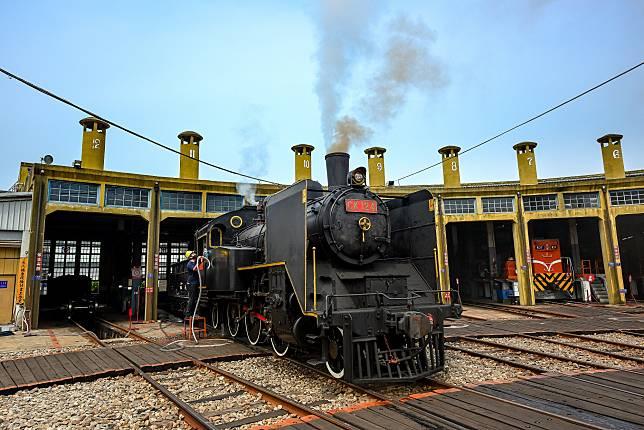 火車迷朝聖地之一扇形火車庫 (圖/彰化縣政府城市暨觀光發展處)